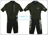 Shorty surfing wetsuit with back zipper -040