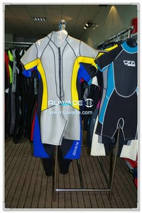 Shorty wetsuit with back zipper -072-1