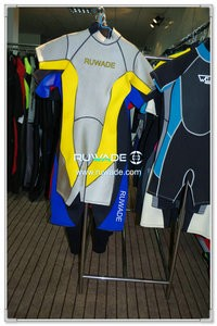 Women shorty wetsuit with back zipper -072
