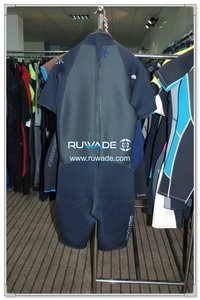 Shorty windsurfing wetsuit with back zipper -084