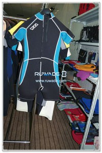 Back zipper shorty surfing wetsuit -086