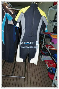 Women shorty surfing wetsuit with back zipper -087