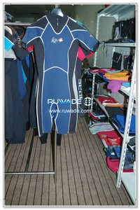 Men back zipper shorty surfing wetsuit -094-1