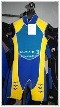 Short sleeve shorty wetsuits with back zipper -102