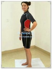 Shorty surfing wetsuit with back zipper -124-1