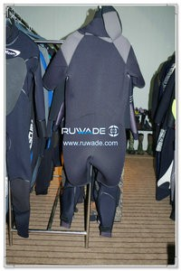 Hooded shorty windsurfing wetsuit with front zipper -001