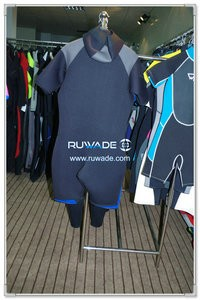 Hooded front zipper shorty wetsuit -003