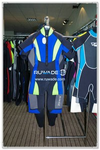 Shorty wetsuit with front zipper -006